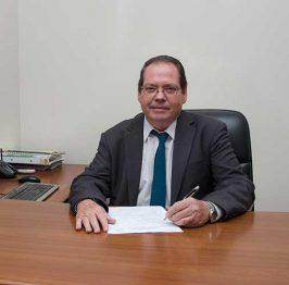 Raúl Nieves